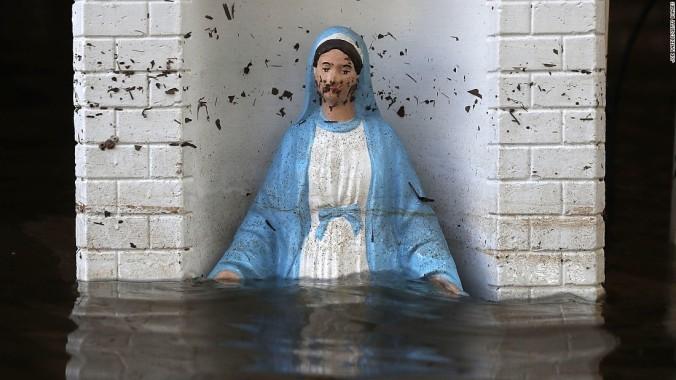 160819084153-02-la-flooding-0818-super-169
